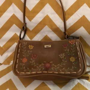 Vintage Lei embroidered hand bag